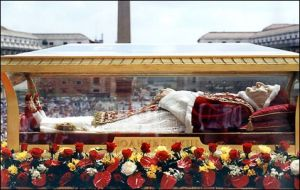 John XXIII's coffin during solemn procession in St Peter's Square in 2001.