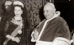 John XXIII meets Queen Elizabeth II in 1961.