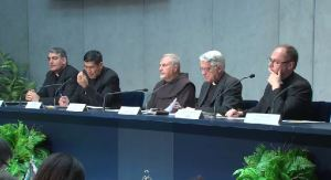 Father Federico Lombardi and others at yesterday's press briefing.