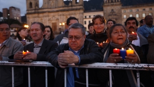 praying for peace in Colombia